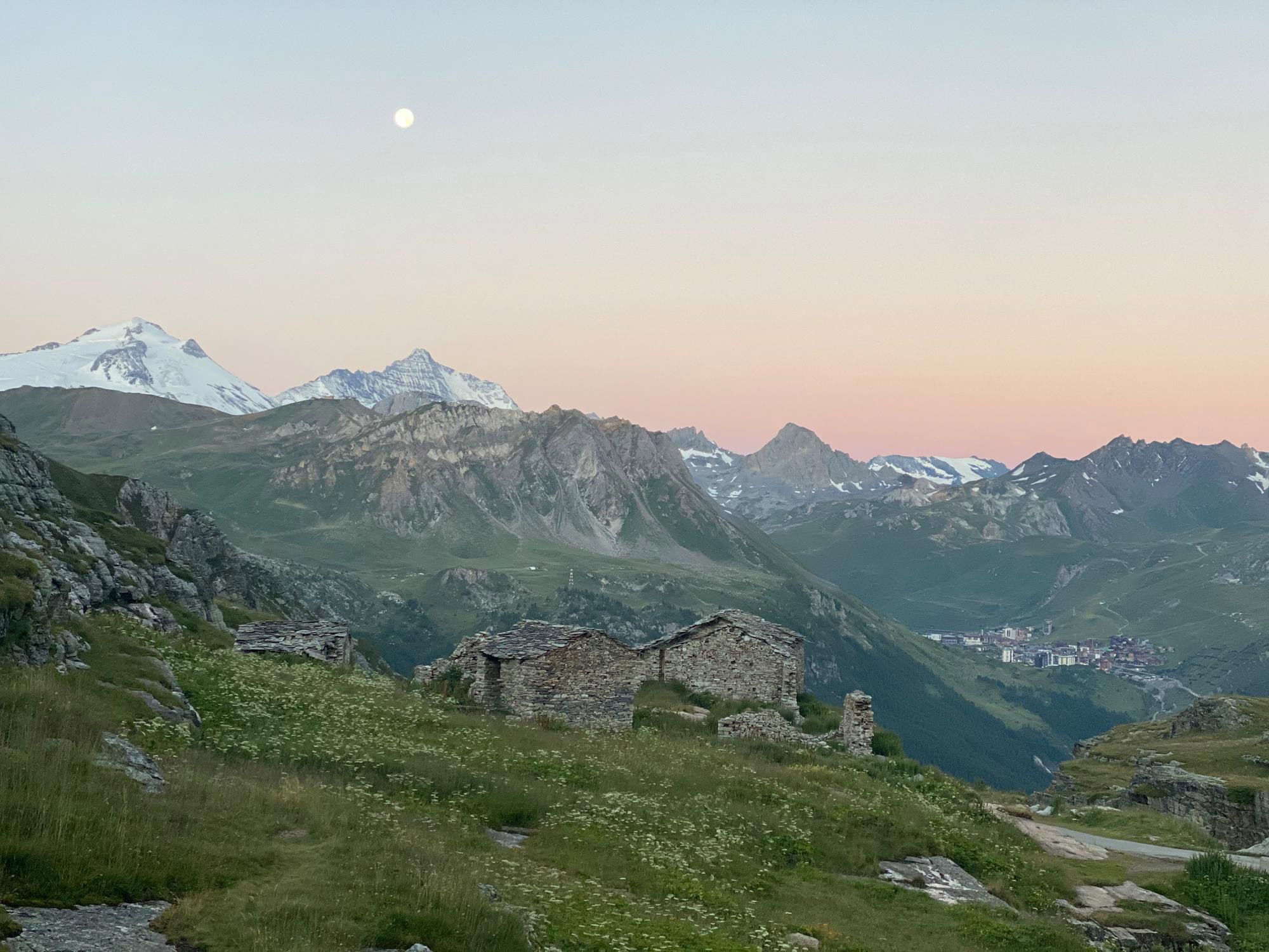 608/Photos/Paysages/hotel-edelweiss-ambiance-exterieur-005.jpg
